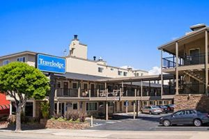 Travelodge By The Bay 1.jpg