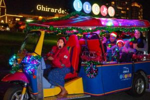 Lucky-tuk-tuk-holiday-lights-sites-960.jpg