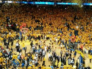 Check out the best places in San Francisco to watch the Golden State Warriors.