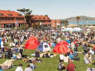 Grab your blanket and meet at the Presidio for a picnic like no other. Presidio Picnic features international food and drink from the best of the Bay Area food scene, lawn games, music, yoga classes, iconic views of San Francisco​ Bay, and much more.