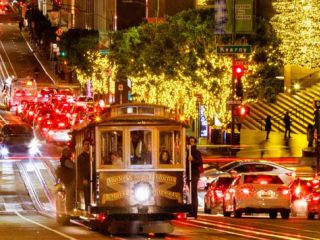 If the whole gang is coming to the City by the Bay, there is plenty you can do together. Here are our picks for top family fun this season.