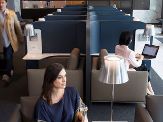 Visitors to San Francisco traveling in United Polaris ® business class are able to relax and dine pre-flight or refresh upon arrival in United Airlines' Polaris lounge at San Francisco International Airport (SFO).