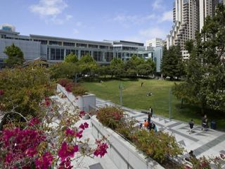 Event Venues in SOMA/Yerba Buena, Yerba Buena Gardens during the day