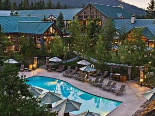 Tenaya Lodge at Yosemite 1.jpg