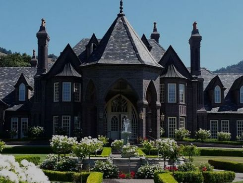 Here are six wine castles and chateaux to inspire the imagination on a visit to Sonoma County.