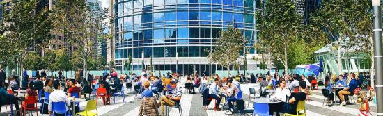 Atop Salesforce Transit Center sits a 5.4-acre rooftop park, Salesforce Park. From its lush landscape to exciting public events, here's everything you need to know about Salesforce Park.